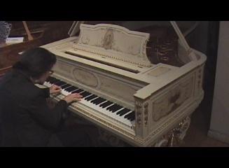Guggenheim white Steinway B Klavierhaus