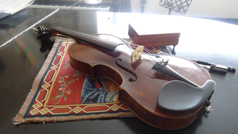 side view my violin 1799 Hornsteiner  Mittenwald Germany