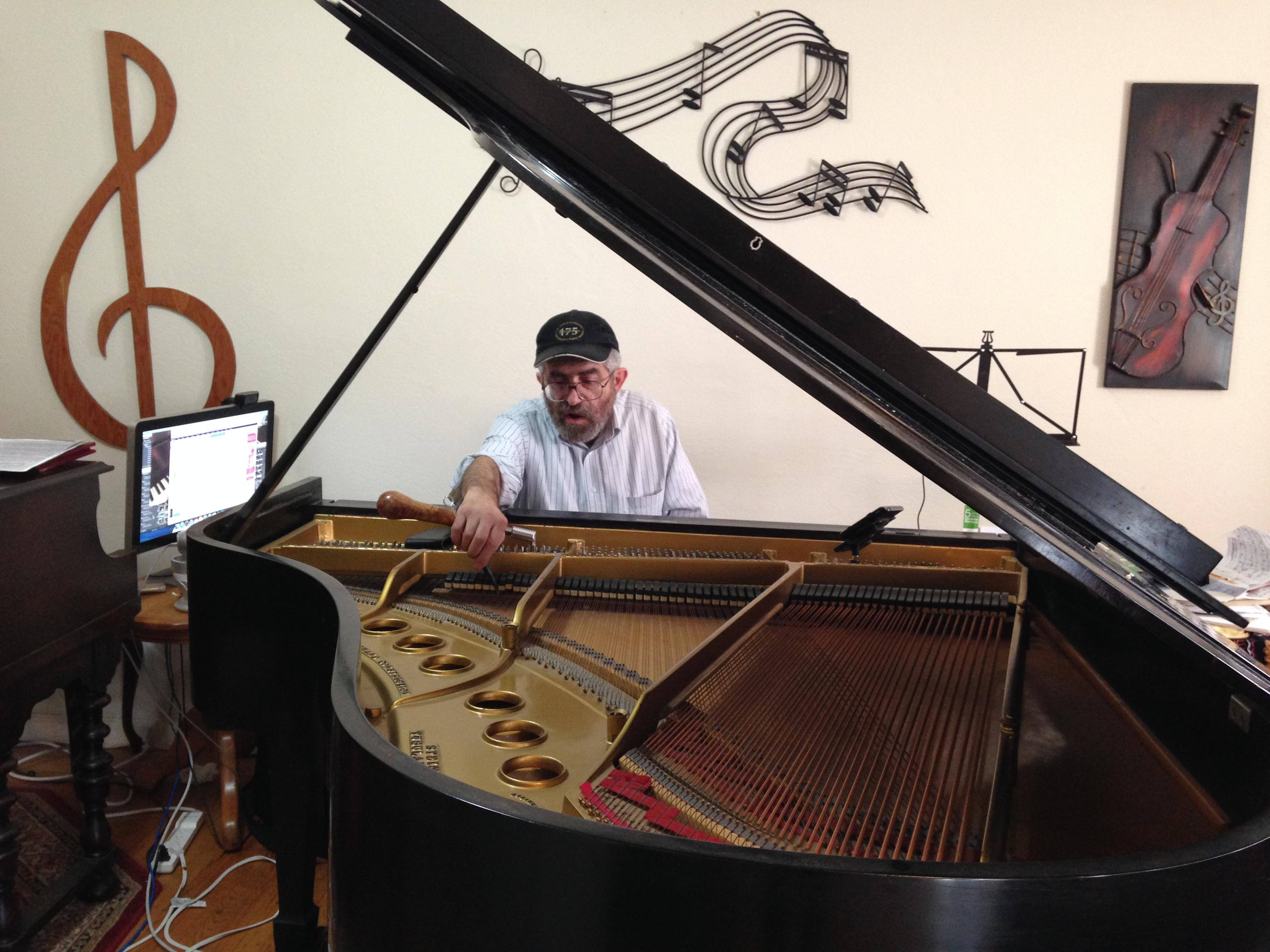 piano tuner machine
