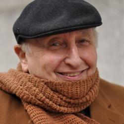 Seymour in scarf