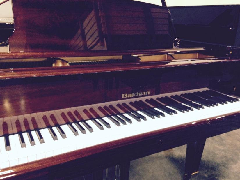 Baldwin name on the piano